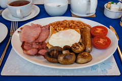 breakfast at squires guest house (lomokev) Tags: food breakfast canon tomato mushrooms eos bacon beans tea folk egg knife sausage plymouth plate 5d friedegg fryup blackpudding fullenglish canoneos5d friedbread nomnomnom file:name=120327eos5d7880