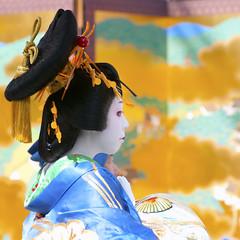 "Oiran Dochu - おいらん道中 (ajpscs) Tags: festival japan japanese tokyo nikon prostitute pins parade 日本 nippon entertainer 東京 kimono obi procession asakusa hairstyle complex matsuri dori 浅草 geta skill highclass courtesan servants combs d300 yoshiwara oiran tayuu ニコン patronise ajpscs 第10回 花魁 太夫 大夫 ichiyozakurakomatsubashi 一葉桜故松橋通り oirandouchu おいらん道中 ichiyouzakuramatsuri edo16001868 yoshiwarapleasure komageta mitsuashi sanmaibageta hachimoji 遊女 一葉桜まつり ""edo courtesan"" yūjo 浅草観音うら 江戸吉原おいらん道中 一葉桜まつり(江戸吉原おいらん道中)"