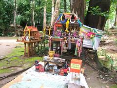 Buddhist worship (oldandsolo) Tags: thailand buddha buddhism buddhisttemple kanchanaburi spirithouse buddhistshrine ruralthailand saiyoknoiwaterfall buddhistfaith saiyoknoiwaterfallsource khaopungwaterfall sourceofsaiyoknoiwaterfall