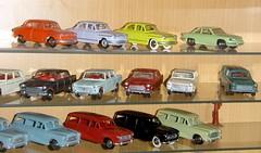 Vitrine 2012mai PL17 , 404 et 403 break (gueguette80) Tags: old cars toys restored autos 404 peugeot 403 dinky diecast jouets anciennes anciens restaurations repainted pl17 restaures
