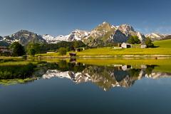 Schwendisee (PhiiiiiiiL) Tags: light mountain lake reflection water see licht nikon wasser day berge clear mountainlake bergsee spiegelung säntis d300 unterwasser toggenburg wildhaus schwendi altmann schwendisee wildhuser schofberg