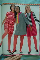 Op art dresses (<Vicky's Flicks>) Tags: fashion vintage 60s retro 1967 1960s magazines sixties seventeen