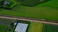 Uit de hoogte 2 (Sporen rond Alkmaar) Tags: trein luchtballon 1700 spoorwegen nederlandse ddar obdam