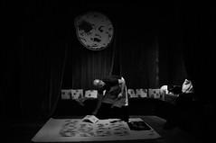 Viaje a la luna (nemenfoto) Tags: art arte luna poesia 16 intervencion cultura tinta portada pisadas fanzine dieciseis petjades mellies setze intervencio nemenfoto cataclistics cabaretgalactic