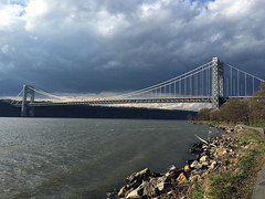 Gray Bridge - 5218 (rbs10025) Tags: nyc manhattan hudsonriver georgewashingtonbridge