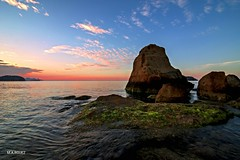 The rock (jopas2800) Tags: sunset sea clouds rocks mediterrneo orilla nikond610
