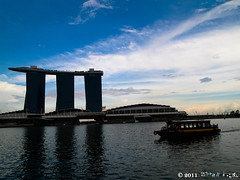 sky (Squall EC) Tags: river hotel bay flyer singapore esplanade mbs marinabay raffleshotel singaporeflyer marinabaysands