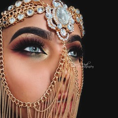 Desert's Morning (eset is) Tags: art photography bahrain desert muslim uae hijab culture makeup jewelry muslimah emirates yemen arabian winds saudiarabia islamic qatar middleeastern