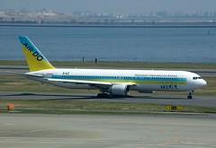 HD B763 JA98AD (PlaneSnapper) Tags: japan tokyo hokkaido international hd boeing airlines 767 haneda hnd b763 ja98ad