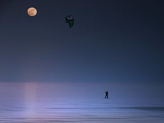 Twilight Snowkiting - giving new meaning to the frozen Gouwsea (Bn) Tags: blue winter light sunset moon lake snow kite man ski cold holland reflection art fall ice netherlands silhouette sport night speed geotagged evening frozen twilight topf50 blauw sailing loneliness open power darkness flat wind dusk dream before kitesurfing topf300 full hour area minimalism topf100 surrealistic deserted blauwe topf200 kiting boarding marken desolation volendam waterland snowboards glide monnickendam snowkiting ijspret ijmeer snowkiten uur markermeer 100faves 50faves 200faves natuurijs gouwzee lheurebleue 300faves freestylen gouwsea geo:lon=5068388 geo:lat=52442330 ijzeilers