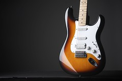 Fender Fat Strat (j.hietter) Tags: studio fat fender sunburst strat stratocaster d7000 photo6final