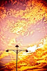 Guten Morgen Berlin! 176/366 (Skley) Tags: wedding sky berlin digital germany photography photo foto fotografie creative picture himmel commons cc creativecommons bild hdr westhafen licence hdri kreativ redscale lizenz 176366 skley dennisskley