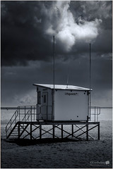 Ramsgate Seafront- Storm Brewing mono blue tone (LeePellingPhotography.co.uk) Tags: blue sky storm beach brewing mono ramp hut lee lifegaurd seafront isle tone ramsgate thanet pelling