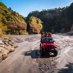 Pampanga 4×4 Jeep Ride over Lahar Landscapes of Sapang Bato, Angeles