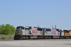 KCS 3900. UP RKNRC 02 (CharlieX90) Tags: city up texas pacific union southern kansas herzog kcs emd knippa 3900 3935 sd70mac