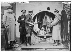 Doberitz -- disinfecting clothing  (LOC) (The Library of Congress) Tags: camp germany wwi prison german soldiers libraryofcongress pow brandenburg prisonerofwar xmlns:dc=httppurlorgdcelements11 dberitz doeberitz dc:identifier=httphdllocgovlocpnpggbain19001