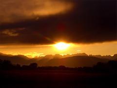 CIMG1054 (pinktigger) Tags: sunset italy mountains italia friuli fagagna feagne
