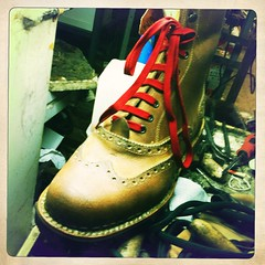 (polaroico) Tags: leather shoes boots stitching sole calf shoemaking