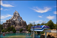 Monorail Monday - (Edition 44) (Coasterluver) Tags: disneyland disney matterhorn monorail submarinelagoon markvii monorailblue monorailmonday coasterluver
