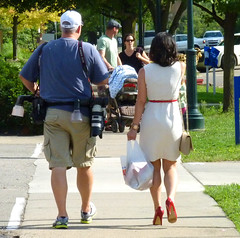 Photo Walking (FrogLuv) Tags: red summer cars highheels photographer michigan rochester classy
