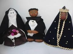 Santa Teresinha, São Benedito e Nossa Senhora Aparecida (Arte em Familia) Tags: feltro santo saofrancisco santoantonio saojoaobatista santateresinha nossasenhoraaparecida