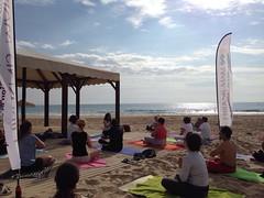 Kundalini Yoga Hibernis Mare 7 mayo 2016 (3) (Visit Pilar de la Horadada) Tags: yoga playa alicante invierno kundalini costablanca zumba comunidadvalenciana ludoteca pilardelahoradada vegabaja milpalmeras vacacionismo diverson hibernismare juntoshacemoscostablanca