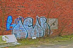 I väntan på lövsprickning (Quo Vadis2010) Tags: art tom painting graffiti se ruins paint grafitti message sweden empty konst doodle graffitti expressive scrawl lonely sverige solitary revolt scribble halmstad tegel disrepair klotter halland industri industrialruins unoccupied ödslig måla målning bostäder rivning förfall övergiven bruk kludd väggmålning budskap slottsmöllan abandonedruin tegelbruk spraya meansofexpression affärer självförverkligande enslig övergivenindustri industriiförfall municipalityofhalmstad formerbrickworks youthrevolt halmstadkommun norrainfarten wayofexpressingoneself uttrycksform sättattuttryckasig ungdomsrevolt synliggörande industryindisrepair föredettategelbruk underrivning kommandebostadsbebyggelse spreja konstnärligayttringar slottsmöllansbruk