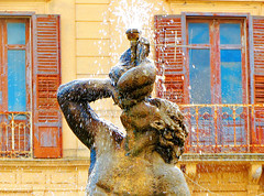 Fountain (Francesco Impellizzeri) Tags: water fountain canon sicily fontana sicilia trapani