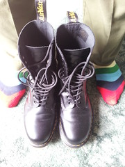 20160412_121219 (rugby#9) Tags: original black feet yellow socks boot hole boots 10 lace dr air 7 indoor icon wear size stitching comfort sole doc cushion soles dm docs eyelets drmartens bouncing airwair docmartens martens dms stripedsocks combats 1490 cushioned combattrousers wair 10hole doctormarten multicolouredsocks yellowstitching armycombats greencombats greencombattrousers armycombattrousers