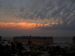 """ De atardeceres... (mnovela2293) Tags: sol del de atardecer la mar buenos aires plata joanmanuelserrat ocasopuesta argentinario plataamericadelsur"