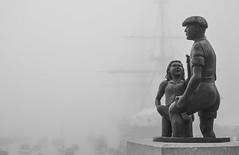 'The Mudlarks' (popEstatesPhotography) Tags: mist statue bronze memorial hampshire portsmouth warrior hms dockyard mudlarks