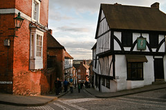 Historic Lincoln (Claire Brownlow) Tags: history oldbuildings tudor historic oldbuilding lincon tamron1750 canon400d