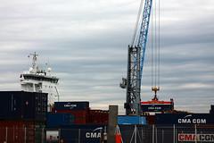 Loading Dina Trader -  Port de Bassens - Bordeaux - 2012_04_27_IMG_3098 (Jonathan d[-_-]b) Tags: boat ship cargo dinatrader portdebassens