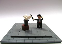"""abracadabra"" (Hammerstein NWC) Tags: bird toy lego magic minifig magician arealight moc minifigures crazyarms stovepipehat mandabw"