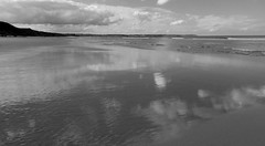 B&W reighton beach (jasonmgabriel) Tags: sea sky bw reflection beach coast sand reighton