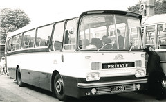 """Everybody back on the coach"" (steve vallance coach and bus) Tags: harrington aecreliance birchbros ald25b"