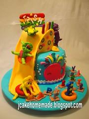 Barney and friends cake (Jcakehomemade) Tags: wwwjcakehomemadeblogspotcom cakesbyjessicalaw barneyandfriendsbirthdaycakebarneycakefuncake3dcartooncake3dcharactercake3dchildrenbirthdaycakecustomizedcakekidsnoveltycakepartycakeslidecakewaterslidecakepoolcakehandmadecakebarneybabybopbjtortoisealphabetsfi