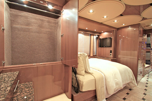 Platinum - Rear Stateroom Storage