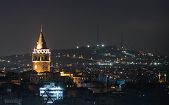 Galata Tower & amlca Hill (Yavuz Alper) Tags: longexposure tower night dark lowlight zoom antennas galata gece camii minare 70300 kule camlica proje galatatower d90 amlca 250mm ceneviz kirazltepe antenler amlcatepesinecamii