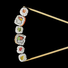 sushi (brescia, italy) (bloodybee) Tags: 365project sushi uramaki maki tekkamaki kappa sake toro nori cucumber avocado daikon salmon tuna fish rice food japan cuisine eat chopsticks asia stilllife humor fun black square