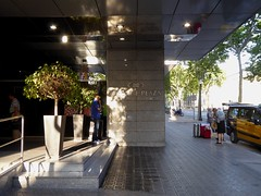 Crowne Plaza Hotel (stillunusual) Tags: barcelona street travel urban hotel spain taxi bcn streetphotography catalonia catalunya montjuic montjuc urbanscenery 2016 travelphotography crowneplazahotel travelphoto travelphotograph