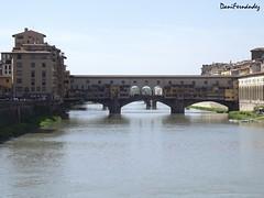 Ponte Vecchio (DaniFdezKarbo) Tags: río puente italia florencia firenze toscana pontevecchio crucero puenteviejo