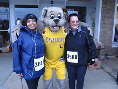 Beech Brook (40) (Moondog Mascot) Tags: 100k moondog cavaliers beechbrook 04222012 fleetfeetsports5k