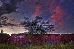 Back on the track (sherbypictures) Tags: sunset canada yard de soleil quebec vincent coucher railway trains sherbrooke depot hdr fortin
