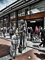 1st of july 2012-living statues in s-Hertogenbosch (World of Pjotr) Tags: statue statues beelden denbosch beeld livingstatues levendebeelden