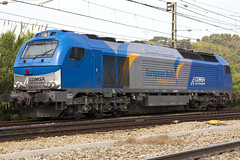 335-001 (Escursso) Tags: barcelona train tren spain diesel railway electro motive catalunya emd 335 mercancias castellbisbal vossloh comsa euro4000 europeanbulls 335001
