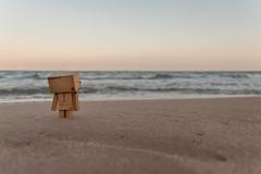 mirando al mar so... (EnRRy) Tags: sea espaa beach robot mar spain amazon playa dambo danboar