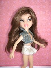 Crystal (Mr.B11) Tags: toy toys doll dolls crystal brunette mga bratz bratzs bratzillaz