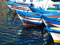 Palermo: il porticciolo dell'Arenella (Luciano ROMEO) Tags: panorama mare barche sole palermo azzurro colori celeste orizzonte porti pescatori arenella marinerie