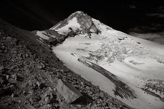 Nearing the Spur (Scott Withers Photography) Tags: oregon mthood eliotglacier cooperspur